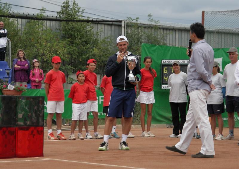 Adrian Ungur - castigatorul editiei 2012